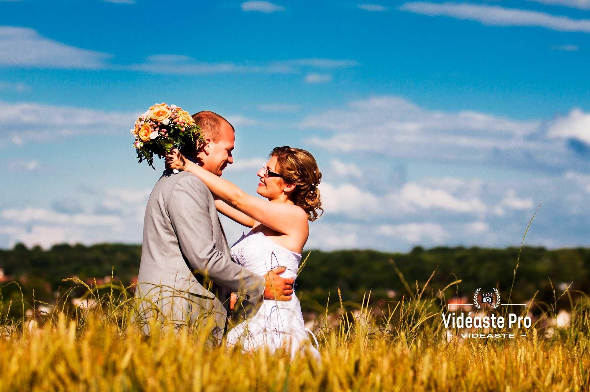 Vidéaste Val-d'Oise, vidéaste mariage Val-d'Oise, vidéo mariage naturelle et authentique, témoignant de toute l'intensité et les meilleurs moments de votre mariage en Val-d'Oise